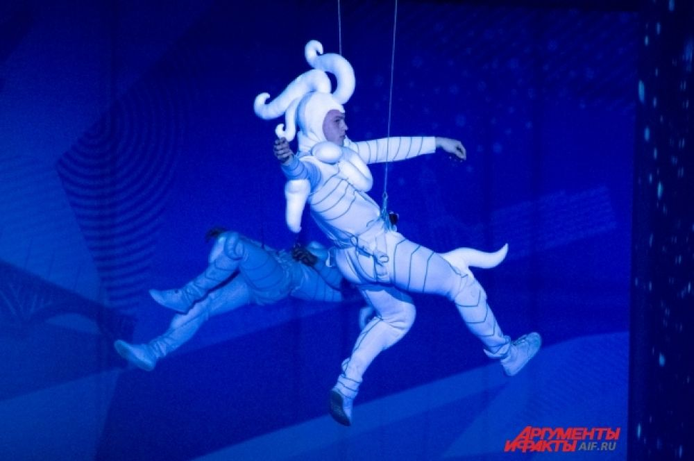 Участие в представлении принимали и воздушные акробаты.