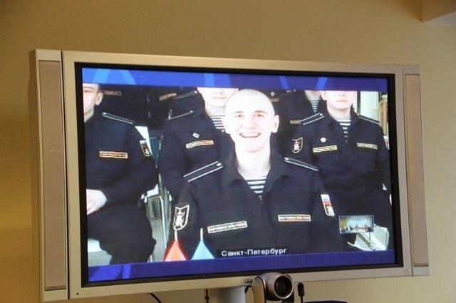 В Салехарде для солдатских матерей провели телемост с Санкт-Петербургом