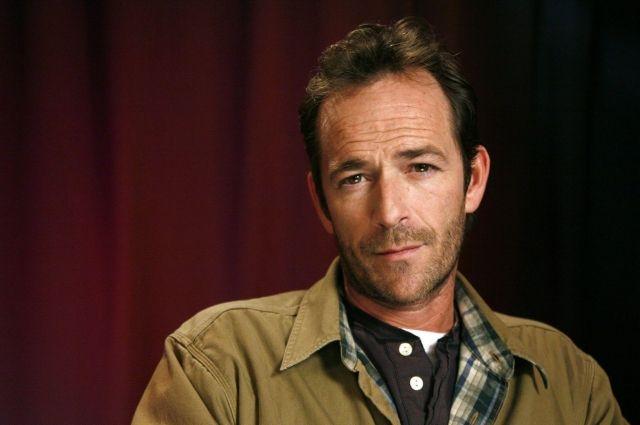 В Калифорнии после инсульта умер звезда культовых сериалов из 90-х