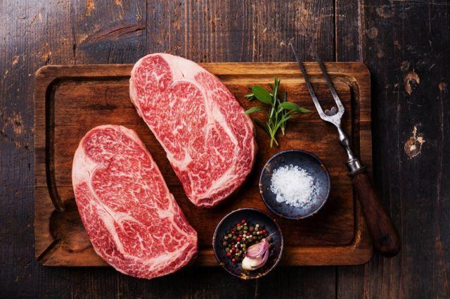 Эксперты выявили в мясе опасные возбудители.