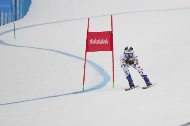 В «Бобровом логу» разыграли медали в суперкомбинации и супергиганте.