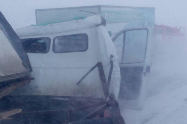 На трассе Орск-Оренбург в ДТП погиб водитель «ГАЗели»