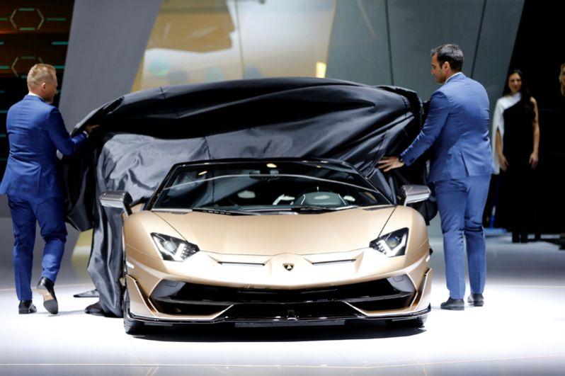 Lamborghini Aventador SVJ Roadster.