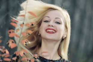 Более шестидесяти лет Сергей Васильев воспевает женскую красоту.