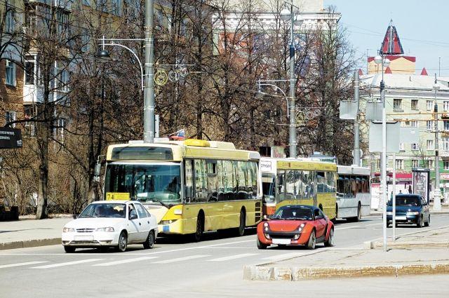 Во время рейдов приставов и ГИБДД неплательщиков могут остановить прямо на дороге.