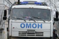 В Омске 18 узбекистанцев устроили цех по производству алкоголем