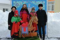 Тюменская детвора мастерила коньков-горбунков в день рождения Ершова