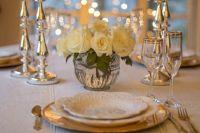 Праздничный ужин, приготовленный своими руками - сам по себе отличный подарок.