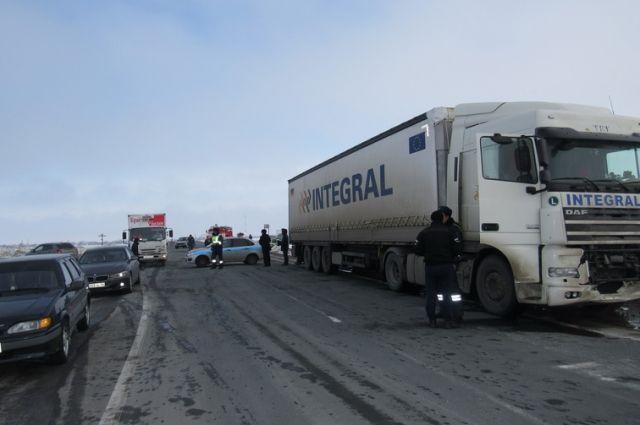 В аварии погибли водитель и пассажир