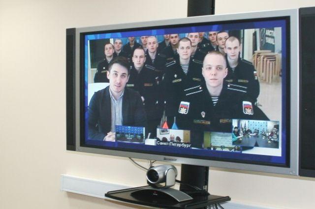 Пуровские призывники передали родителям привет из Санкт-Петербурга
