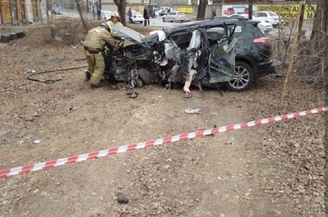 Автолюбитель насмерть разбился на пос. Горького в Хабаровске.