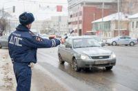 В Новотроицке водитель маршрутки подвергал опасности пассажиров.