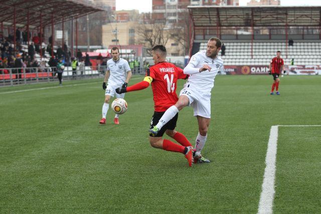 Первый гол в ворота «Химок» забил «сибиряк» Евгений Чеботару в первом тайме на 12-й минуте.