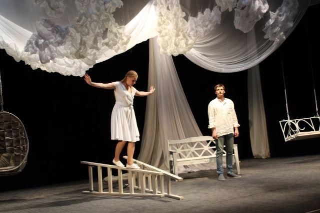 «Месяц в деревне» – первая постановка Станислава Васильева в Мурманске.