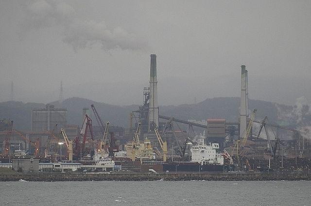 Пострадавшее от взрыва в море владивостокское судно отказываются снабжать топливом и провизией в Южной Корее из-за санкций