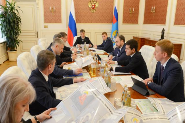 Главе Минтранса России рассказали про инфраструктурные проекты Ямала