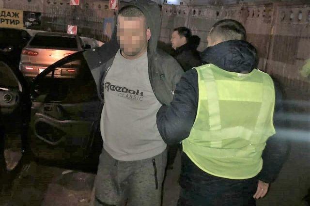 В Киеве преступники под видом таксистов опаивали и грабили своих «клиентов»