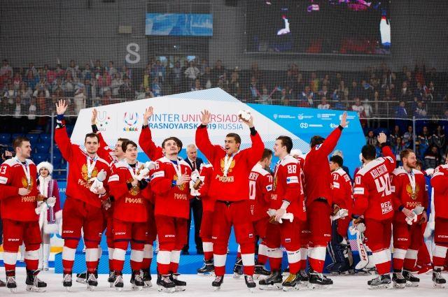 Хоккеисты рассказали журналистам, что получили по 500 тыс. рублей.
