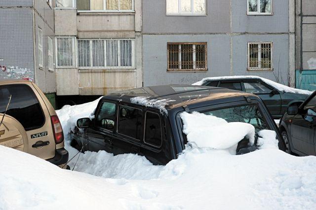 В случае схода снега с крыши виновным будет тот, кто отвечает за содержание здания.
