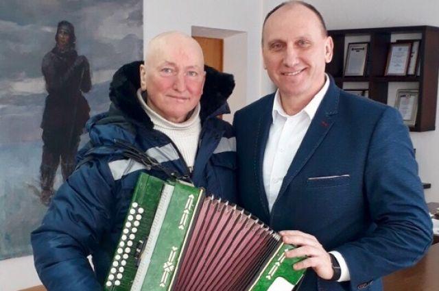 Музыкант Валерий Шумков и мэр Воркуты Игорь Гурьев.