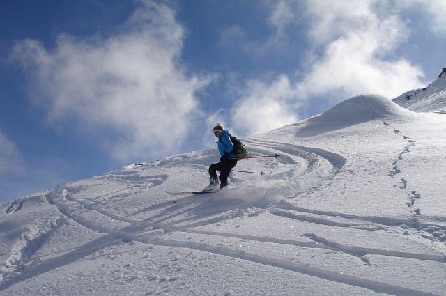21:53 13/03/2019<br /> 0<br /> 132 <p>Во французских Альпах погиб лыжник из России  </p> <p>35-летний мужчина катался вне трасс