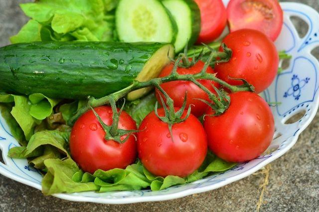 Оренбургстат: в феврале подорожали овощи, крупы и яблоки