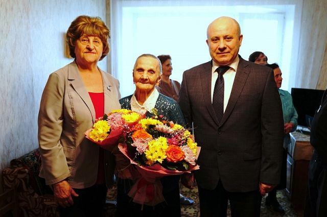 Хабаровчанка отметила День рождения в 105-й раз.