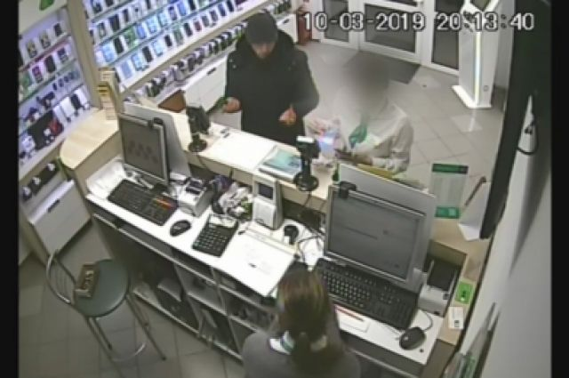В Омске задержали грабителя, который очень любит бегать