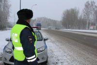 Движение трамваев в сторону улицы Мичурина заблокировано, также авария затруднила движение автомобилей.