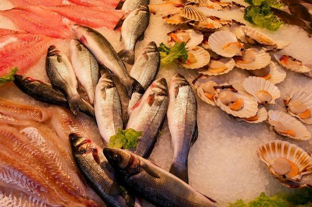 ФСБ и ФНС проверяют деятельность продавцов рыбы и морепродуктов