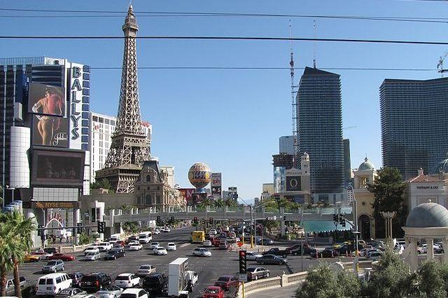 В Лас-Вегасе турист выиграл миллион долларов в казино
