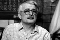 Марлен Хуциев.