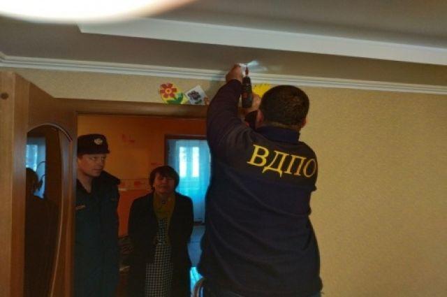 В Светлогорском округе многодетным семьям бесплатно установят пожарные извещатели