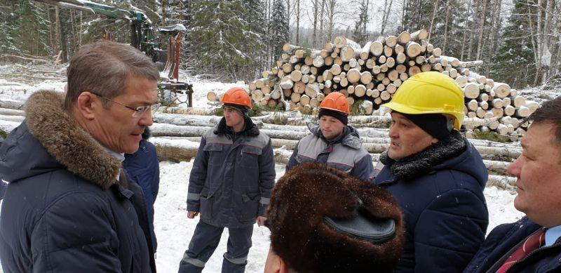На Лесном форуме в Караидельском районе. «Лес будет взят на контроль» - заявил Хабиров, обозначив еще одно направление, где могут произойти перемены.