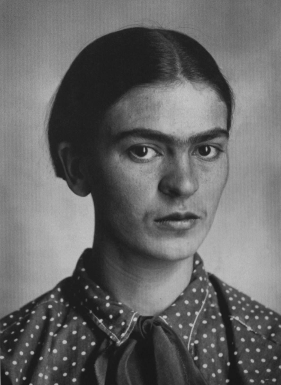 Фрида Кало в молодости.