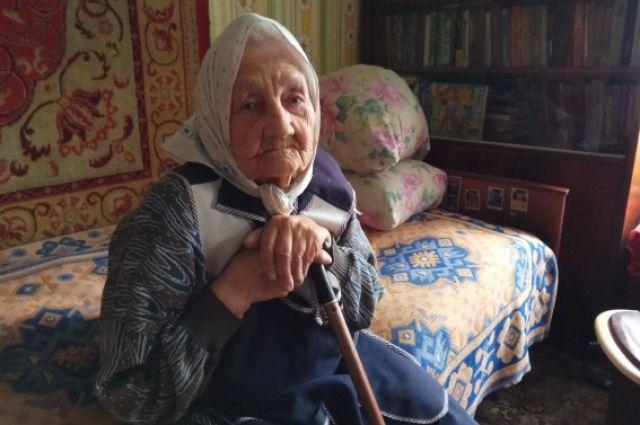 Анна Николаевна Крюкова у себя дома
