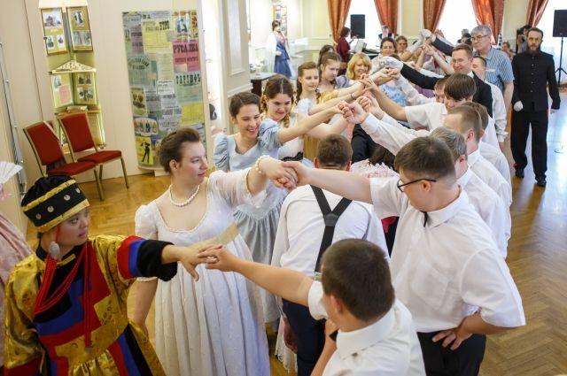 Сейчас в «О-театре» занимается 25 человек: и детей, и взрослых.