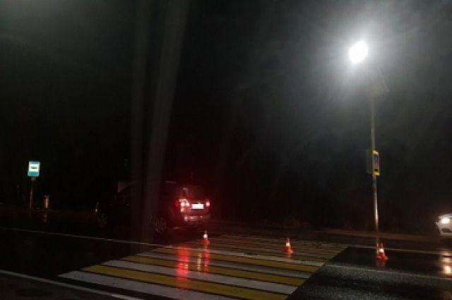 Иномарка сбила двух человек на территории СНТ «Дружба»