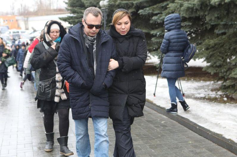 Владимир Лёвкин и пиар-директор Юлии Началовой Анна Исаева.