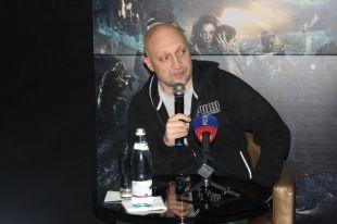 Гоша Куценко лично приехал представлять фильм в Воронеже.