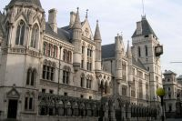 Суд Великобритании остановил судебный процесс Нафтогаза против Газпрома