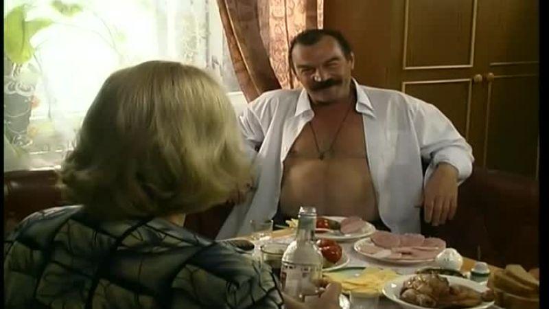 В 2001 году Петр снялся в культовом сериале