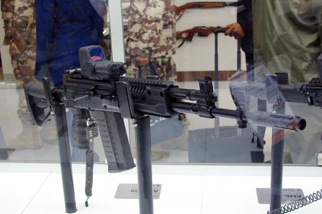 Жители Тюменского района могут познакомиться с военной историей на выставке
