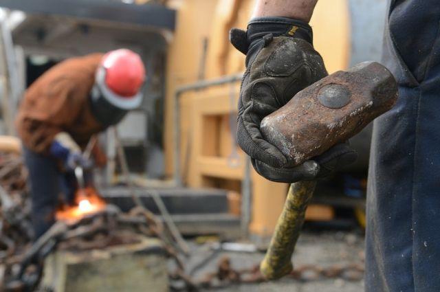 В ближайшее время 3 726 рабочих могут потерять свои места.