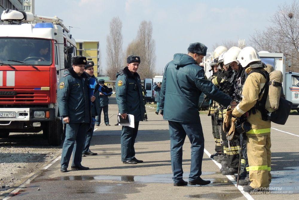 Проверка готовности пожарного расчёта.