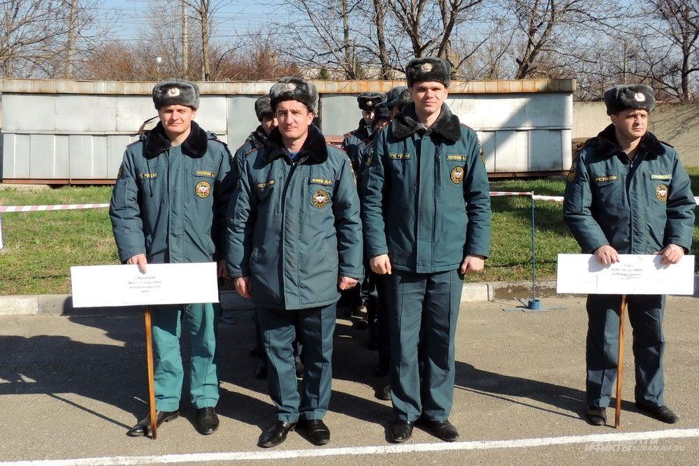 Команда пожарных из Кропоткина.