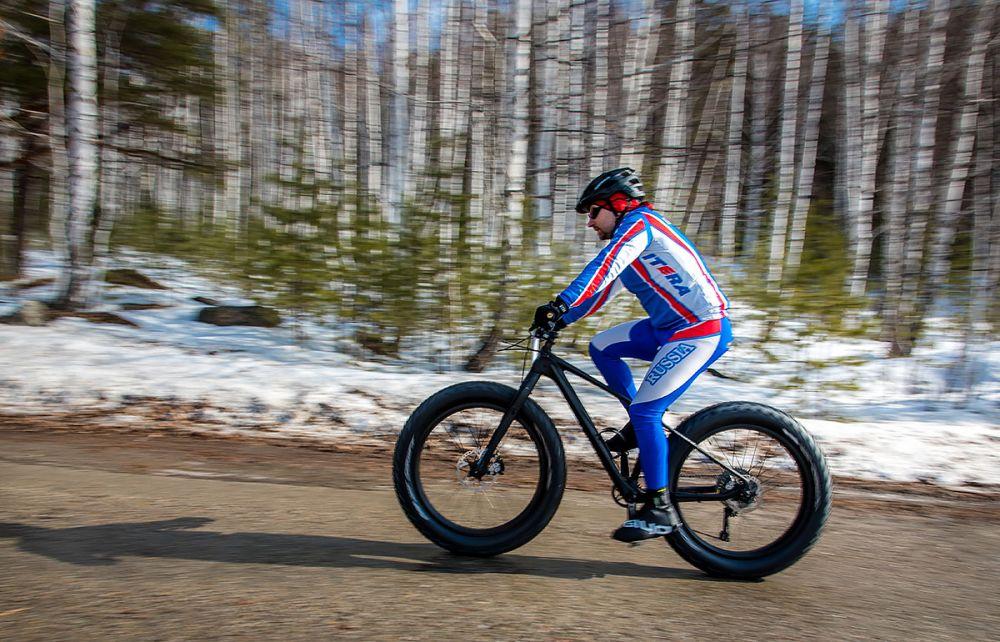 Михаил Елькин (г. Челябинск) на старте гонки