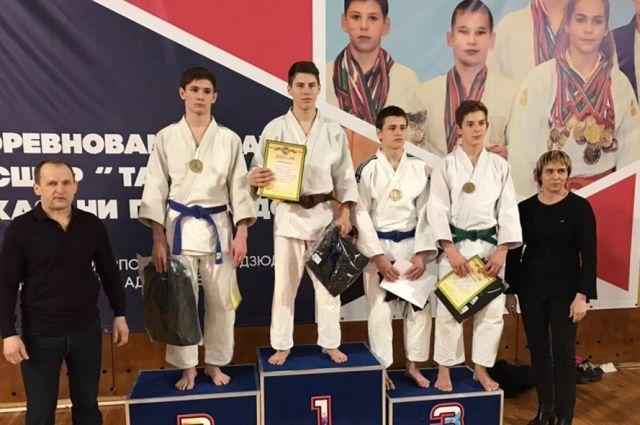 В Казани завершился открытый турнир по дзюдо среди юношей и девушек 2003-2005 г.р.