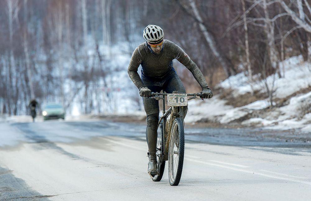 Павел Брусницин (г. Екатеринбург). Победитель гонки на 43 км среди мужчин-экспертов.