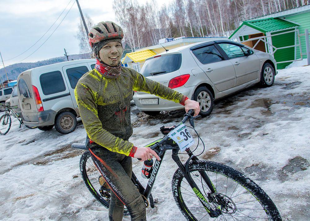 Максим Сухоруков (г. Екатеринбург) вице-лидер гонки на 43 км. среди мужчин-экспертов.